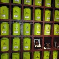 Fontainebleau-les-cancans-tienda-cajas-te